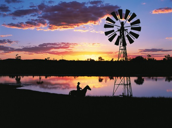 Outback_sunset-570x423